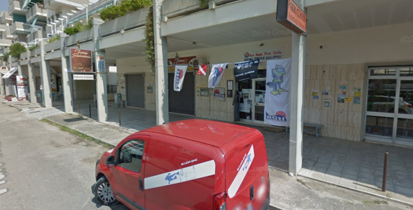 Gallipoli – Rivabella: Locale Commerciale in zona centrale