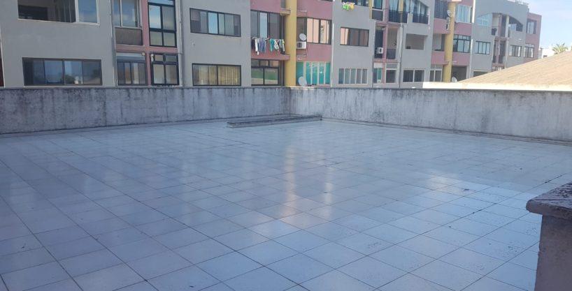 Appartamento ben rifinito con ampio spazio esterno